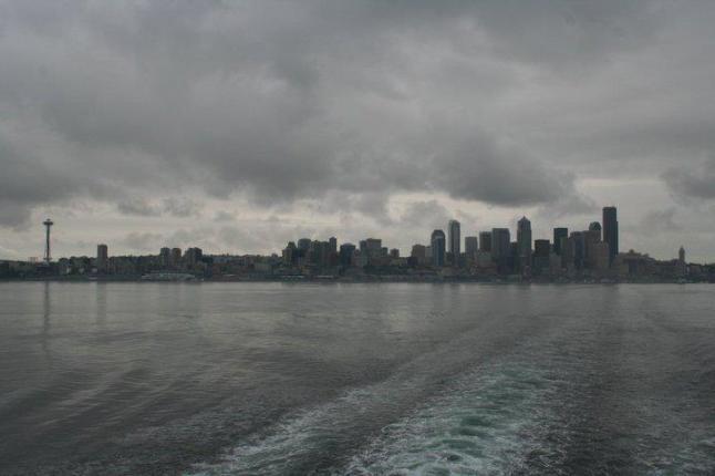 seattle ferry gray sky